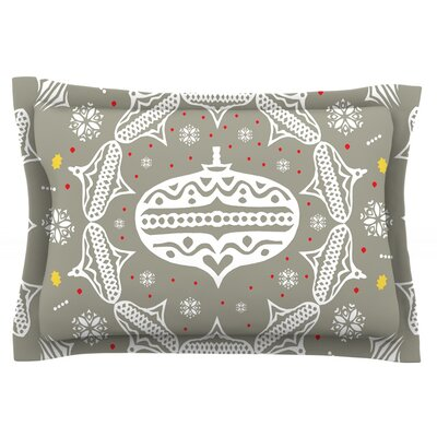 Deco Wreath by Miranda Mol Featherweight Pillow Sham Size: Queen, Color: Silver, Fabric: Cotton