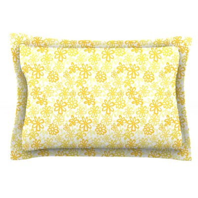 Paper Daisy by Julie Hamilton Featherweight Pillow Sham Size: Queen, Fabric: Cotton