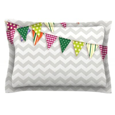 Flags 1 Featherweight Pillow Sham Size: Queen, Fabric: Cotton