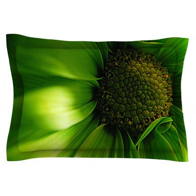 Green Flower by Robin Dickinson Featherweight Pillow Sham Size: King, Fabric: Cotton