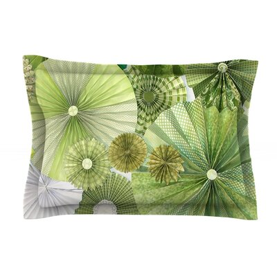 Green Thumb by Heidi Jennings Featherweight Pillow Sham Size: Queen, Fabric: Cotton