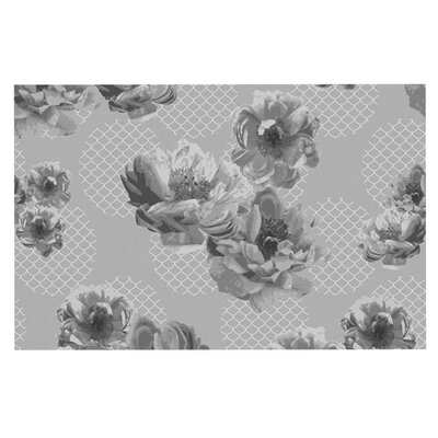 Pellerina Design 'Lace Peony' Floral Doormat Color: Gray