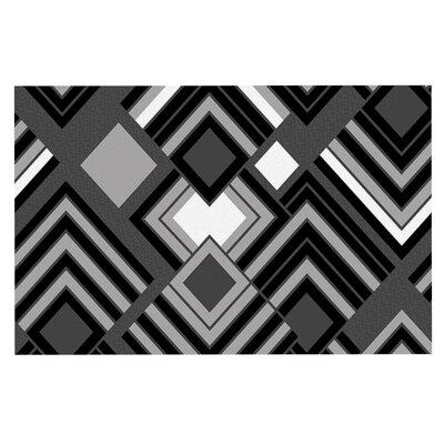 Jacqueline Milton Luca Doormat Color: Black/White