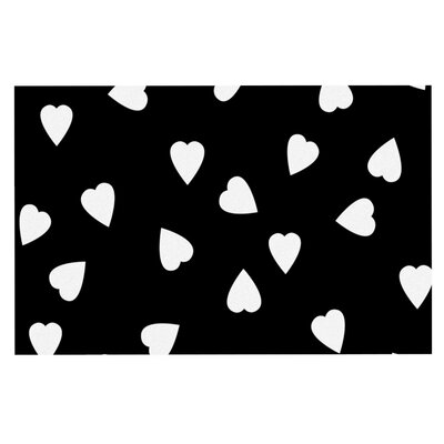 Suzanne Carter Hearts Doormat Color: White/Black