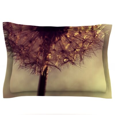 Droplets of Gold by Ingrid Beddoes Featherweight Pillow Sham Size: King, Fabric: Cotton