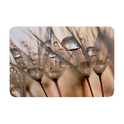 Alison Coxon Trinkets Flower Memory Foam Bath Rug