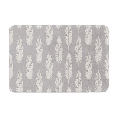 Amanda Lane Feathers Pattern Memory Foam Bath Rug Color: Gray/Cream