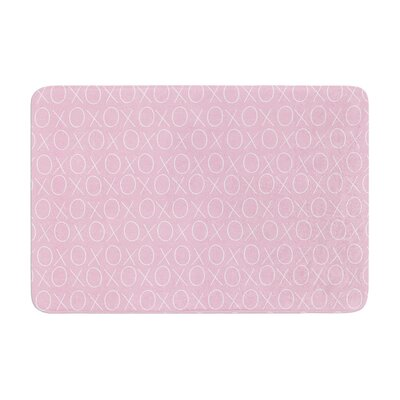 Heidi Jennings Hugs and Kisses Pattern Memory Foam Bath Rug