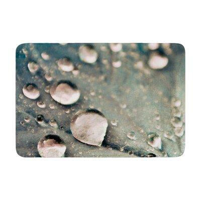 Iris Lehnhardt Water Droplets Memory Foam Bath Rug Color: Gray