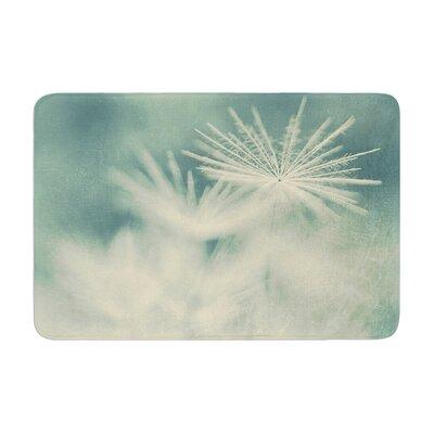 Ingrid Beddoes Snowflake Memory Foam Bath Rug