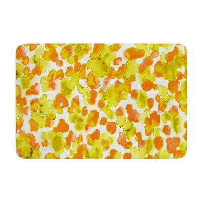 Ebi Emporium Giraffe Spots Memory Foam Bath Rug Color: Orange
