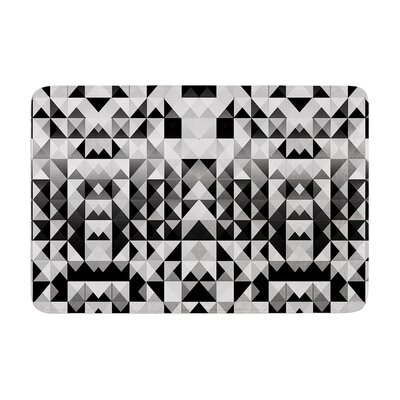 Nika Martinez Geometrie Memory Foam Bath Rug