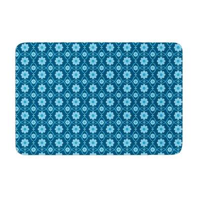 Nandita Singh Floral Pattern Memory Foam Bath Rug Color: Blue/Aqua