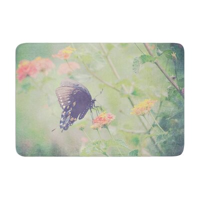 Robin Dickinson Captivating II Flower Memory Foam Bath Rug