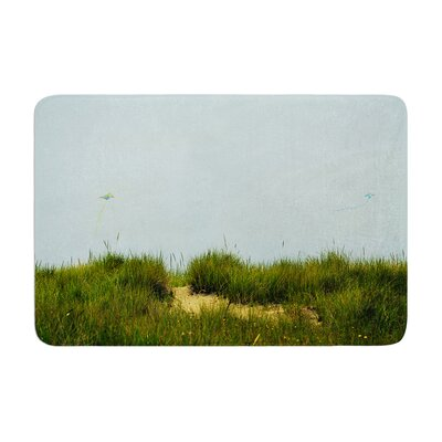 Robin Dickinson Hand in Hand Memory Foam Bath Rug