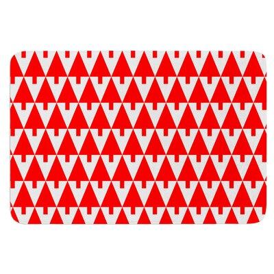 Happy X-Mas by Gabriela Fuente Bath Mat Color: Red
