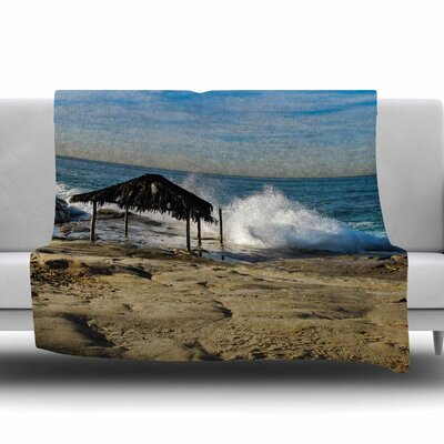 Straw Hut on Beach Fleece Throw Blanket Size: 60 L x 50 W