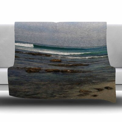 Clear Water Beach Fleece Throw Blanket Size: 60 L x 50 W