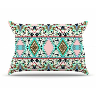 Deco Hippie Pillowcase Size: King