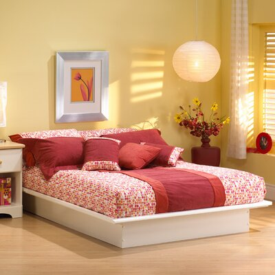 Newbury Platform Bed Size: Queen