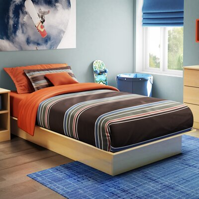 Libra Twin Platform Bed Finish: Natural Maple