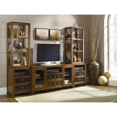 Calderwood Entertainment Center