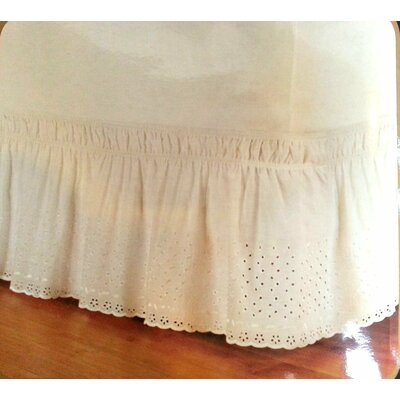 Eyelet Wrap Around Bed Skirt Size: Queen/King, Color: Ivory