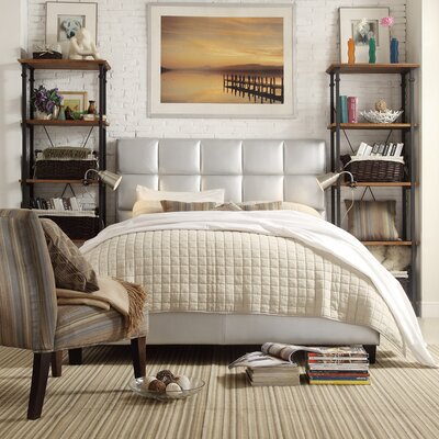 Kingstown Upholstered Platform Bed Size: Queen