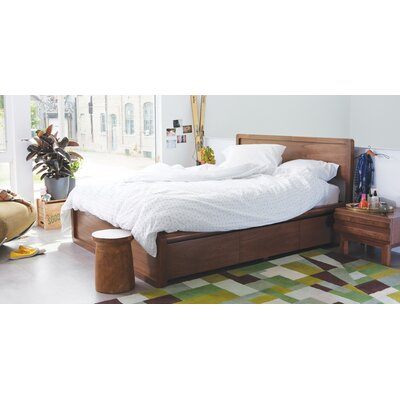 Burrows Panel Bed