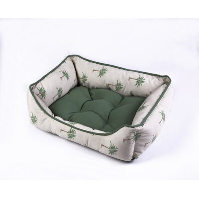 Pet Bed Size: 22 W x 28 D