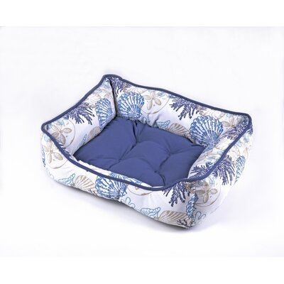 Daniela Pet Bed Size: 19 W x 24 D