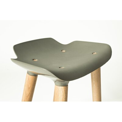 Pilot 18.5 Bar Stool Upholstery: Army
