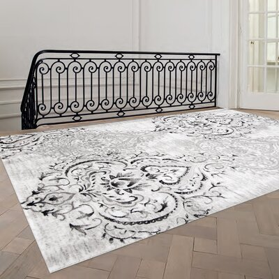 Abbate Venetian Grey/White Area Rug Rug Size: 53 x 77