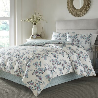 Racine 4 Piece Reversible Comforter Set Size: Queen