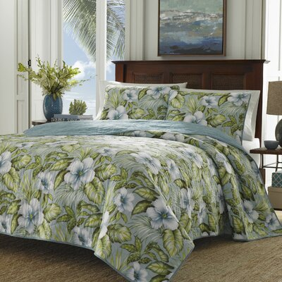Alba Botanical Harbur Blue Reversible Quilt Set Size: Full/Queen
