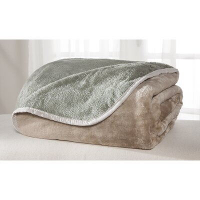 All Seasons Reversible Plush Blanket Color: Tan/Green, Size: King
