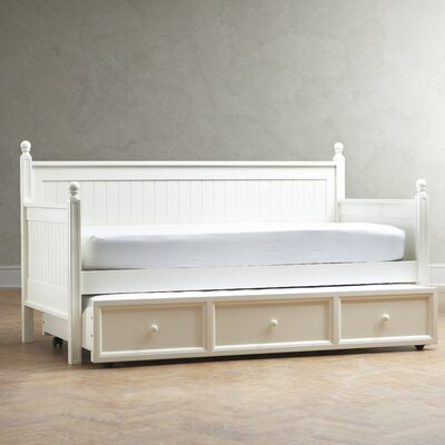 Hampton Daybed Accessories: Without Trundle, Finish: Maple