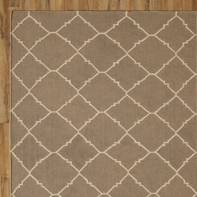 Darby Putty Hand-Woven Area Rug Rug Size: Runner 26 x 8