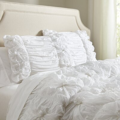 Laurel Comforter Set Size: Full / Queen, Color: White