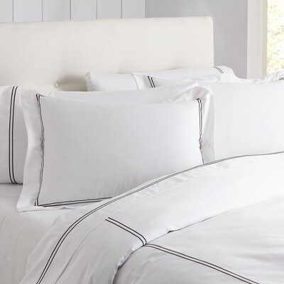 Alexa Monogrammed Duvet Color: Black & White, Size: Queen