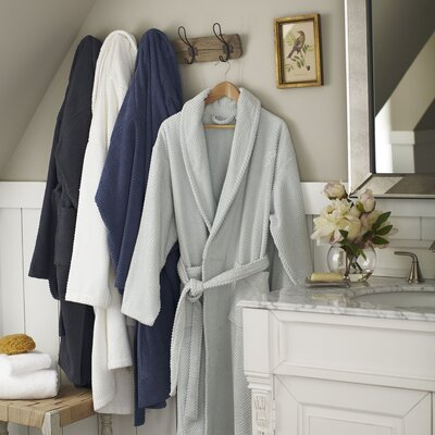 Winchester Robe, Pool Size: Small / Medium