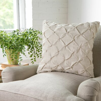 Alda Pintucked Pillow Cover Color: Parchment