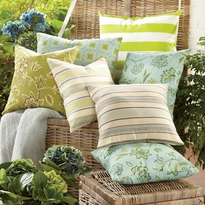 Eveline Outdoor Pillow Size: 24 x 24, Color: Sky