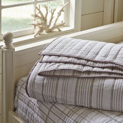 Dillon Striped Quilt Color: Natural, Size: Queen