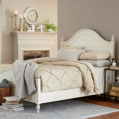 Reeves Bed Size: King, Color: White