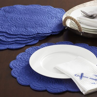 Scalloped Placemats (Set of 6)