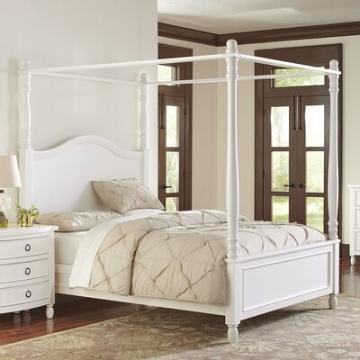 McGregor Canopy Bed Size: Queen