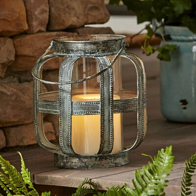 Rushmore Lantern Size: Small