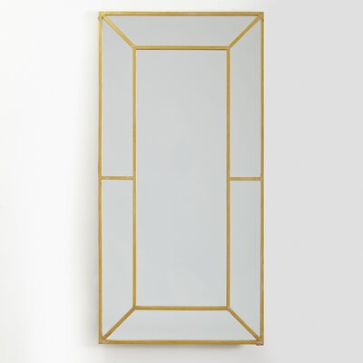 Finnick Mirror