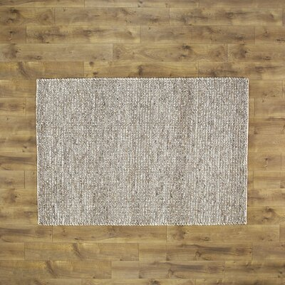 Errol Rug Size: 33 x 53